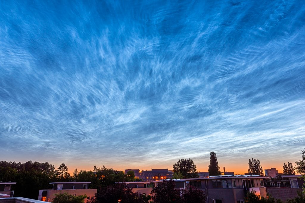 Nachtwolken boven Groningen