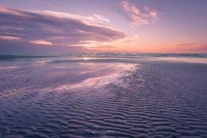 Zonsondergang op het strand op Terschelling - Midsland aan Zee